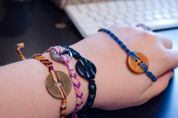 Button Friendship Bracelets12